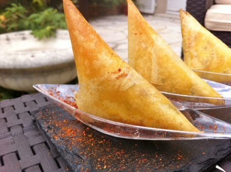 Food and Wine pairing : Beef Samosas